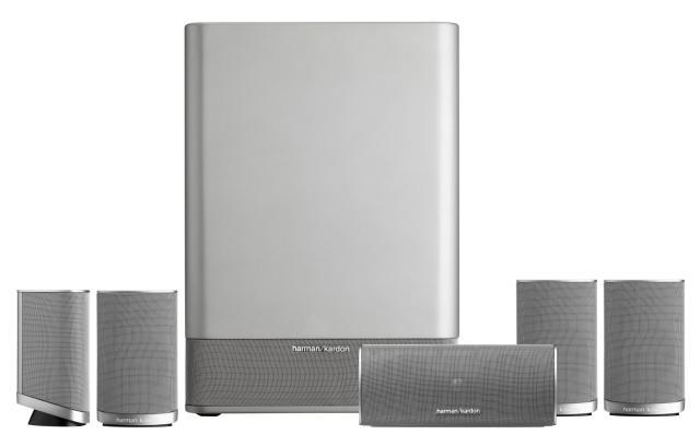 mit diesem bemerkenswert kompakten lautsprechersystem. Black Bedroom Furniture Sets. Home Design Ideas